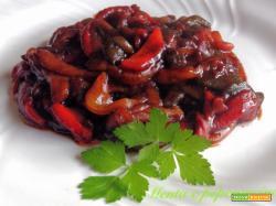 Ricetta Peperoni in agrodolce al pomodoro