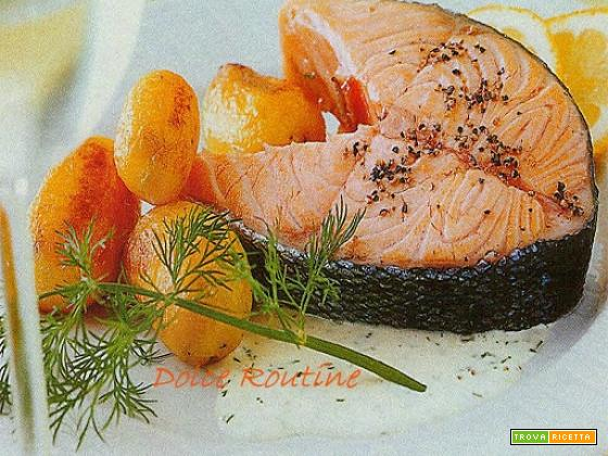 Tranci di Salmone al Pepe in Salsa Bianca