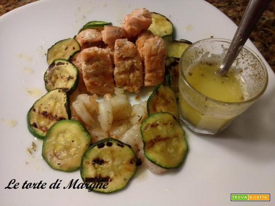 Bocconcini di salmone gamberetti zucchine