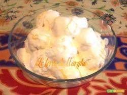 Profiteroles con crema al limone