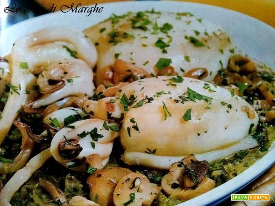Seppie con funghi e scarola ricetta.....