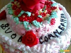 Torta di compleanno con rose in pdz.....