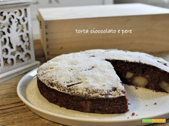 Torta cioccolato e pere (farina di riso)