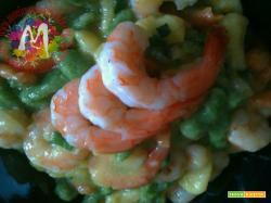 Spätzle Tirolesi di spinaci con topinambur e mazzancolle