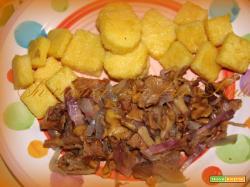 Finferli, pancetta e polenta.
