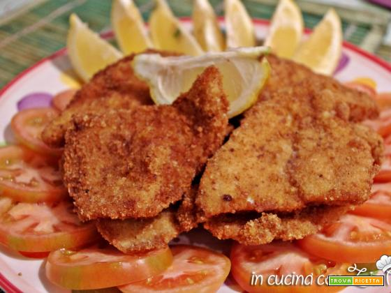 Cotolette di pollo fritte dorate