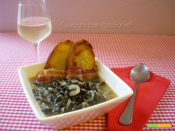 Zuppa di Cavolo Nero e Cipolle