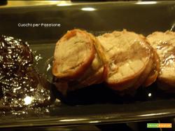 Filetto di Maiale lardellato al forno, con Riduzione al Vino rosso