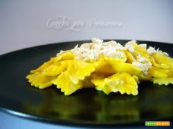 Farfalle con salsa allo Zafferano e Orata (ricetta riciclo) | Primi