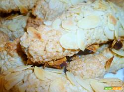 Biscotti mandorlati