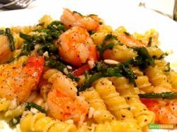 Pasta con gamberi e asparagi di mare con Borgo La Gallinaccia Franciacorta Satèn