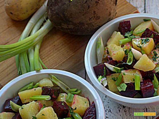 Insalata di barbabietole rosse e patate