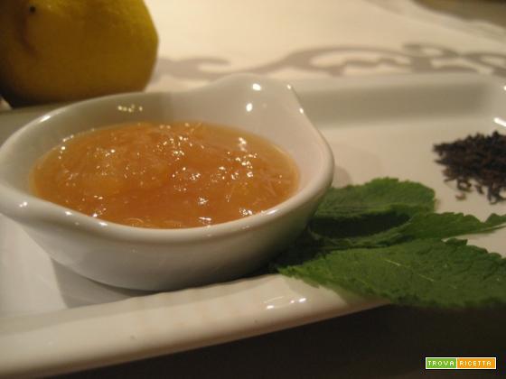 Marmellata di limoni, Tè Darjeeling e foglie di menta
