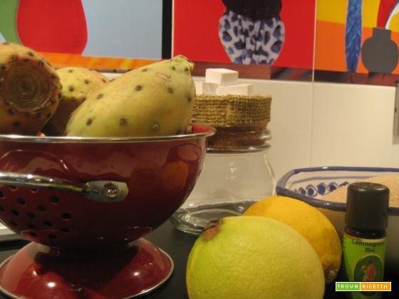 Marmellata di fichi d'India con scorzette di limone e olio essenziale di lemongrass