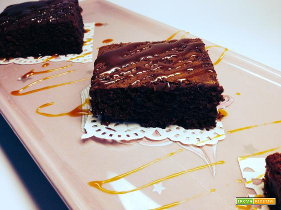 Brownies al caramello salato