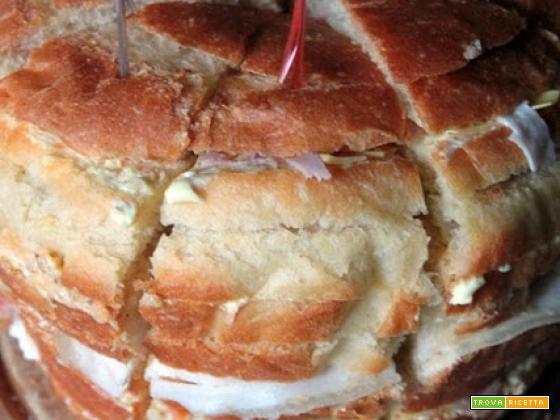 Panettone gastronomico e panini semidolci all'olio di oliva