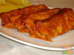 Cannelloni con salsiccia e spinaci