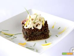 Lenticchie nere e calamari in salsa di agrumi