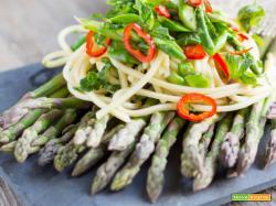 Spaghetti Asparagi, Peperoncino e Menta