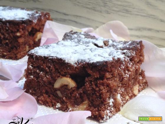 Brownies con cioccolato al latte e nocciole
