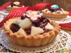 Crostatine pere e crema pasticcera al cioccolato