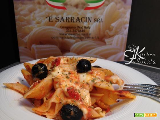 Pasta pizza – 'E Sarracin