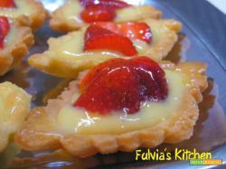 Tartellette con fragole e crema pasticcera