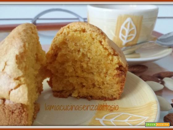 Muffin carote e mandorle senza uova senza lattosio