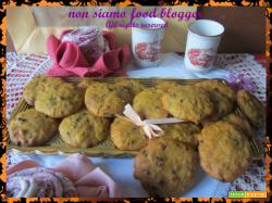 Un assaggio di Halloween con i biscotti morbidi zucca e cioccolato