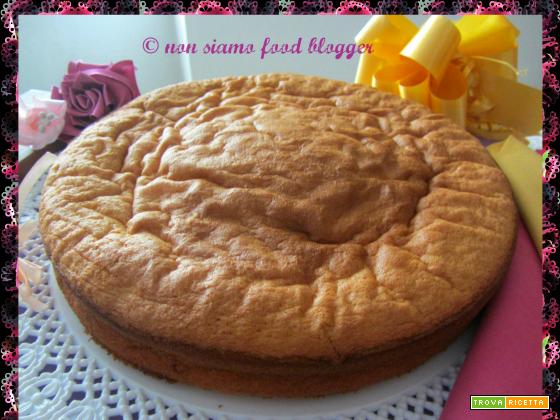 La ricetta del Pan di Spagna di Luca Montersino per uno stampo da 24 cm