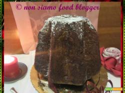 Esperimento natalizio: il Pandoro delle Simili con il cioccolato nell'impasto