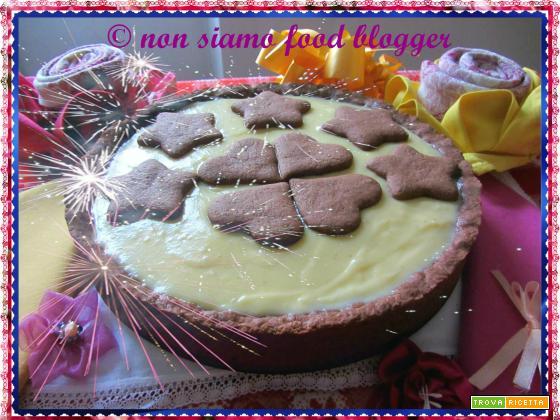 Crostata con frolla al cacao senza uova e burro e crema pasticcera al cioccolato bianco
