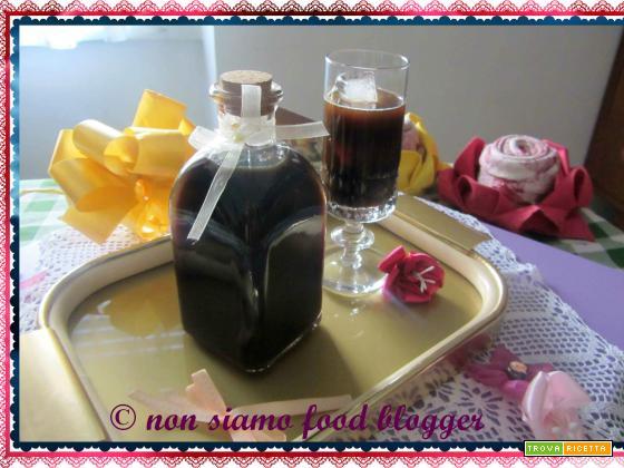 Liquore al caffè: fresco, semplice e veloce!