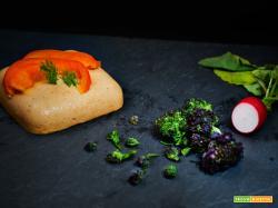formaggio vegan al cocco con germogli di broccolo