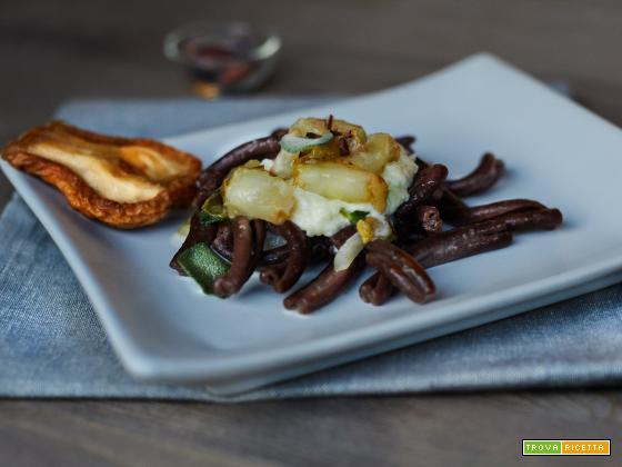 Strozzapreti al cacao, pere e fonduta - la Taverna degli Arna