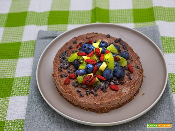 torta crudista al cacao e goji