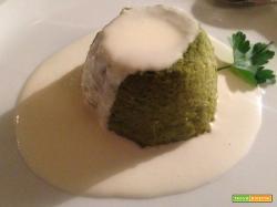 Sformato di broccoli su fonduta di parmigiano