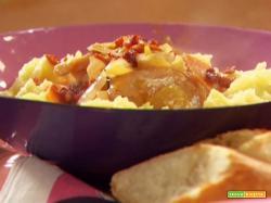 Ricetta pollo al vino e patate con brie