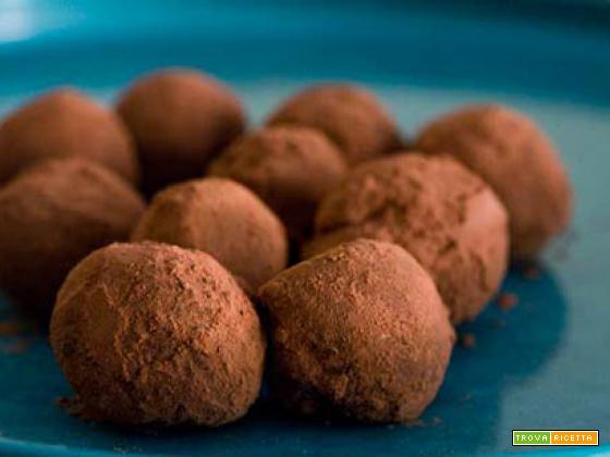 Tartufi al cioccolato e cacao truffle