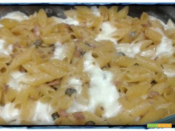 pasta al forno tonno, capperi e olive