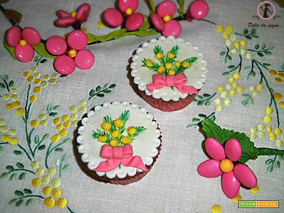 Cupcake con mimose per la festa della donna