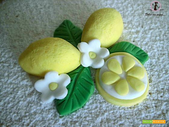 Come decorare facilmente una torta al limone