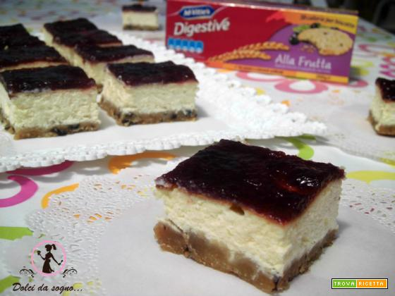 Quadrotti di cheesecake all'italiana