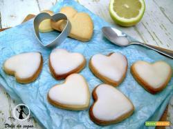 Cuoricini glassati al limone