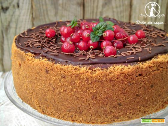 Cheesecake con cioccolato e ribes