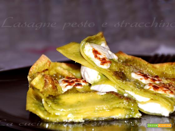 Lasagne al pesto e stracchino | Ricetta ghiotta
