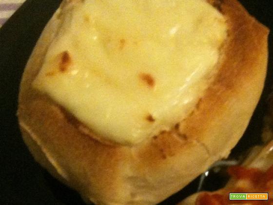 Panini farciti con uovo e formaggio | cucinare con il cuore