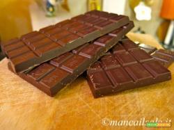 Marquise au chocolat con composta di fragole