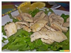 Straccetti di pollo con limone e rucola