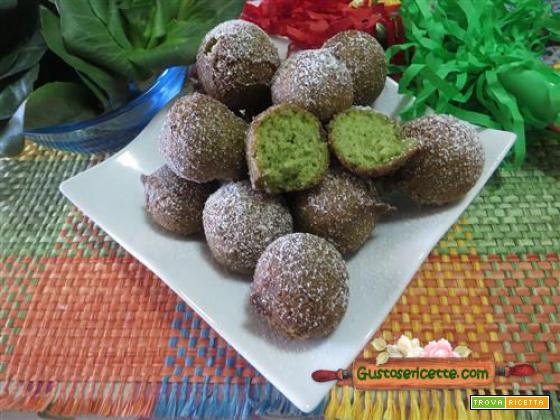 Castagnole alle nocciole e cicorino verde